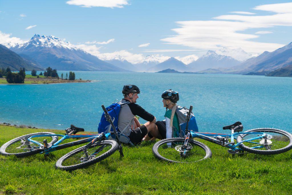 9859-Lake-Wakatipu-Around-the-Mountains-cycle-Trail-Southland