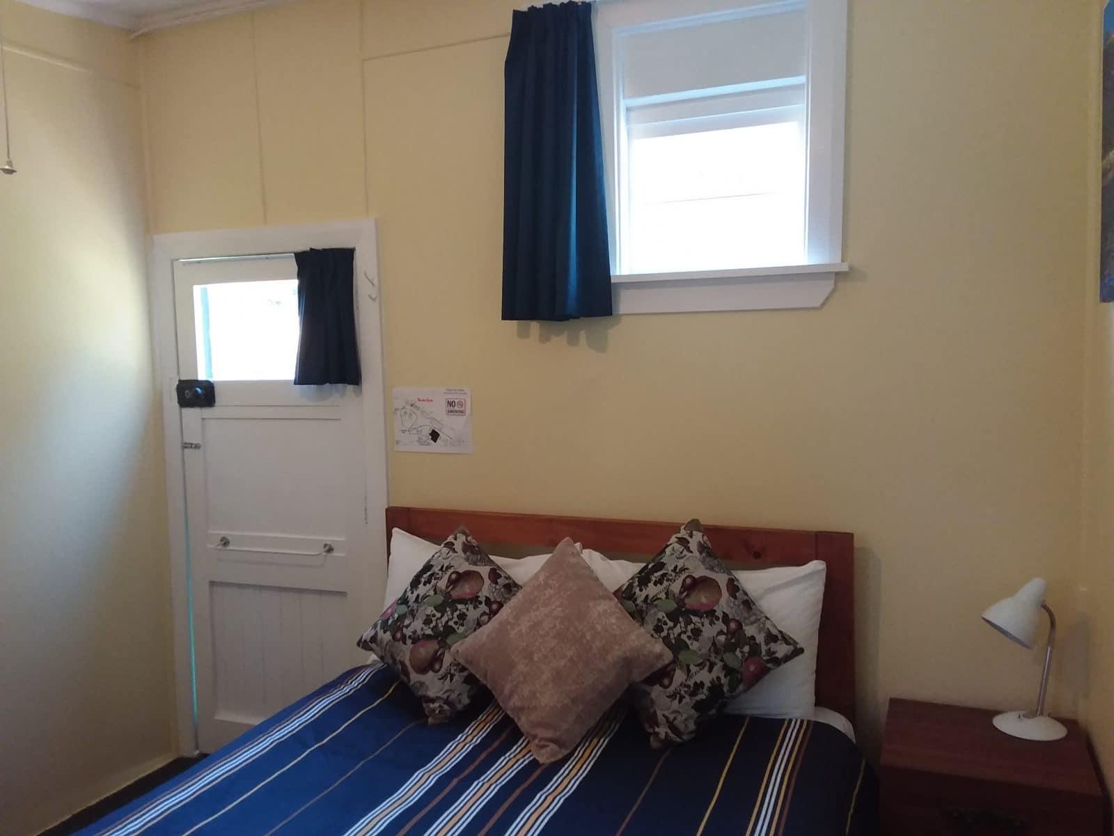 Cabin 4 pic 1