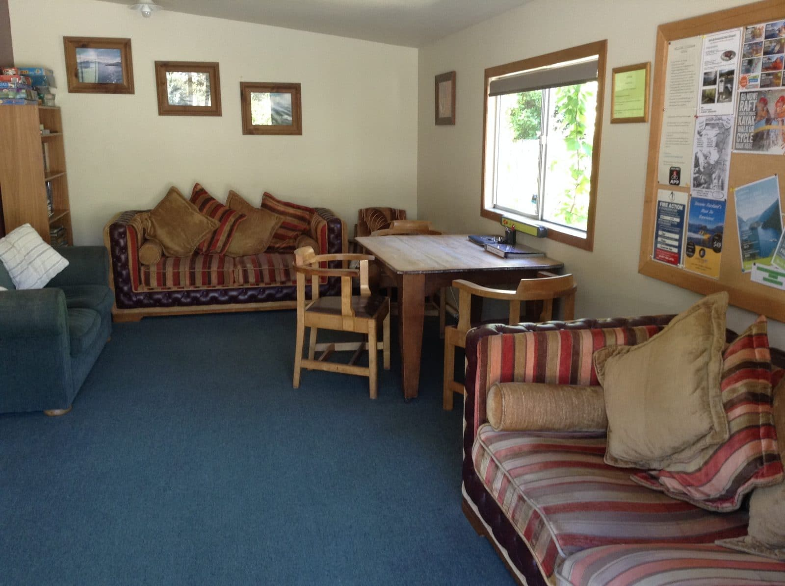 camp lounge 1